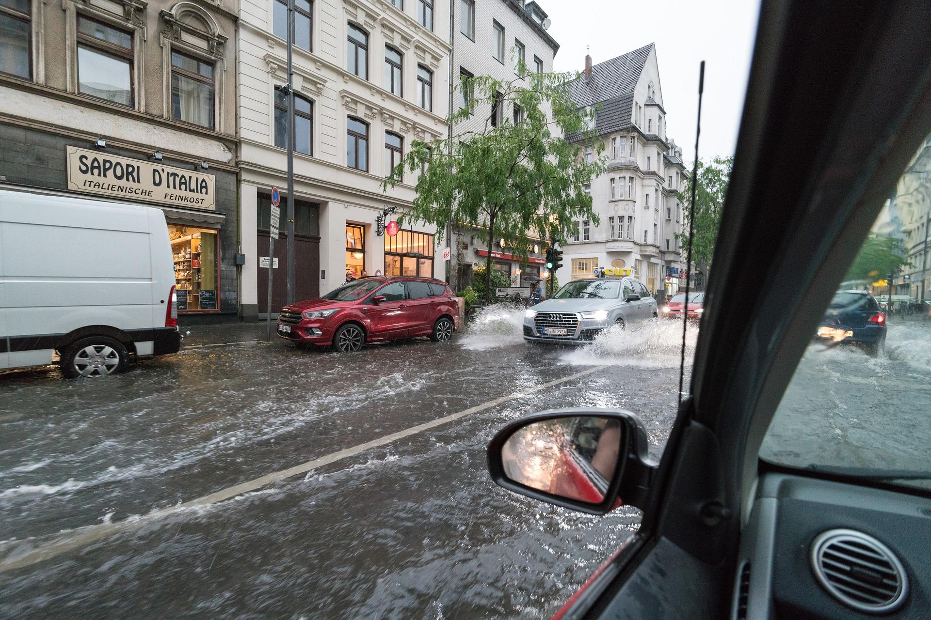 Povodeň